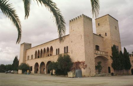 Mallorca-Freunde kennen den Anblick der Glasbläserei seit Jahrzehnten.