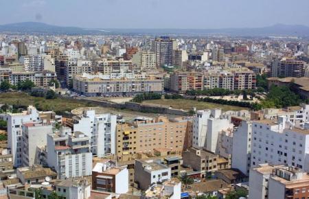 Das Recht auf Eigentum wurde auf den Balearen eingeschränkt.
