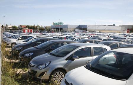Auf der Insel steigt die Nachfrage nach Mietwagen deutlich an.