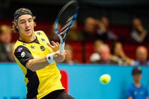 Starker Aufschlag, starker Volley: Der deutsche Tennisprofi Struff ist ein Rasen-Spezialist.