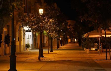 Auch weiterhin werden die Straßen nachts leerbleiben.