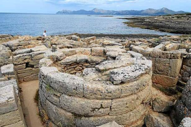 In der Nekropole von Son Real werden die Ausgrabungen weitergeführt.