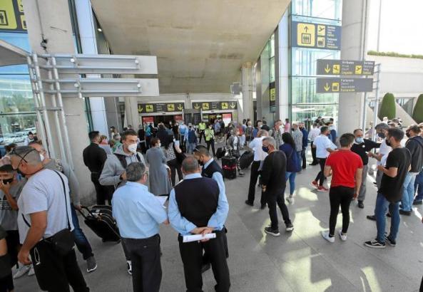 283 internationale Flüge standen am Samstag auf Mallorcas Flughafen Son Sant Joan auf dem Plan.