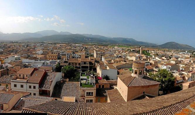 Sa Pobla liegt im Norden von Mallorca.