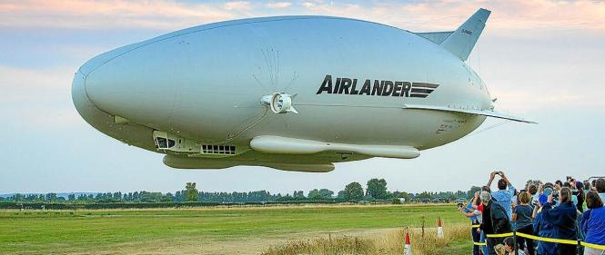 Der Airlander 10 soll die Strecke zwischen Barcelona und Mallorca in vier Stunden schaffen.