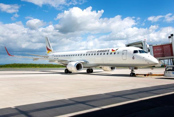Bei Green Airlines kommen Fluzeuge des Typs Embraer 190 der German Airways zum Einsatz.