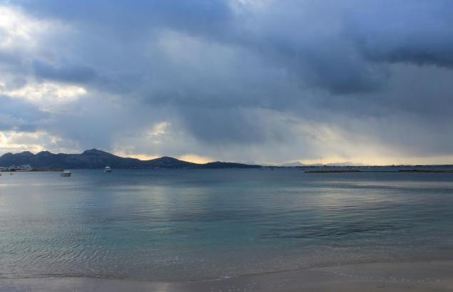Der spanische Wetterdienst Aemet meldet Regen für die Insel.