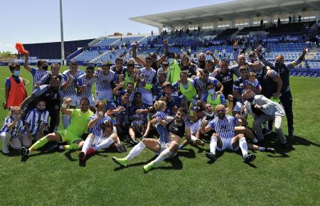 So bejubelten die Kicker von Atlético Baleares am 2. Mai die Qualifikation für die Primera División RFEF.