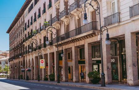 Häuser an der Straße Jaume III.