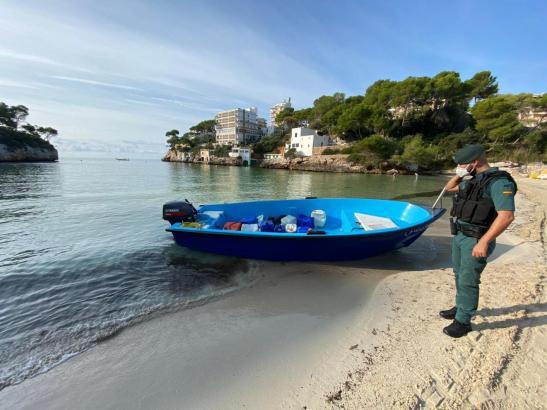 Immer wieder werden vor der Küste der Balearen Flüchtlingsboote entdeckt.