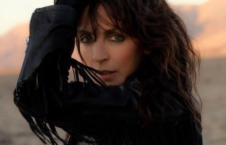 Mit 25 Millionen verkauften Tonträgern weltweit ist Nena eine der erfolgreichsten deutschen Pop-Sängerinnen.