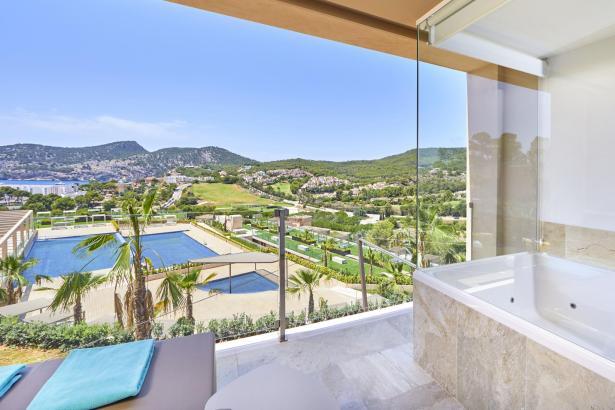 Blick aus einem Zimmerfenster des neuen Mega-Hotels.