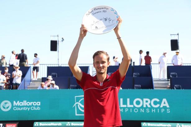 Der Turniersieger Medwedew.