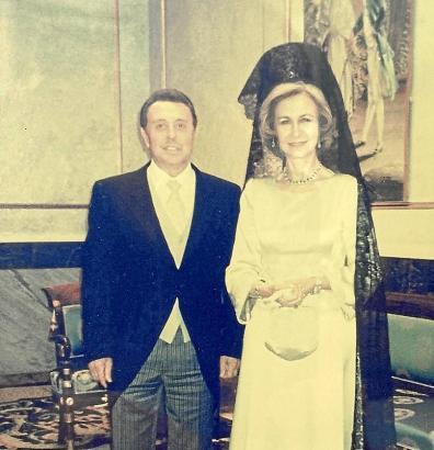 Francisco Segura Cortés und die damalige Königin Sofía in den 80er-Jahren.