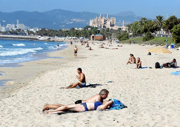 """Spanien ist zum """"einfachen"""" Risikogebiet erklärt worden."""