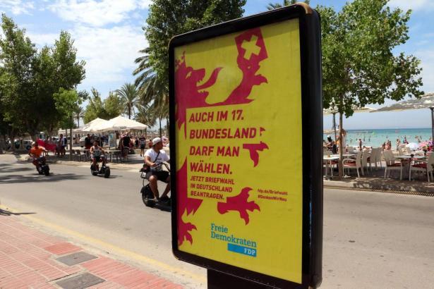 Kreative Wahlwerbung der FDP vor Jahren an der Playa de Palma.