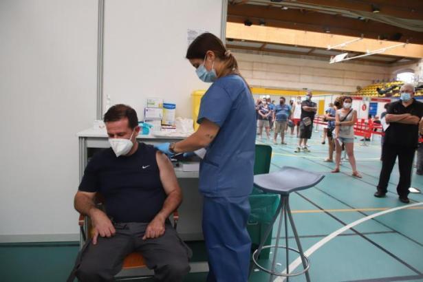 Die Impfkampagne auf Mallorca läuft auf vollen Touren.