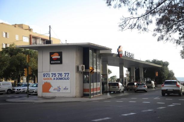Die berühmte Tankstelle auf den Avenidas.