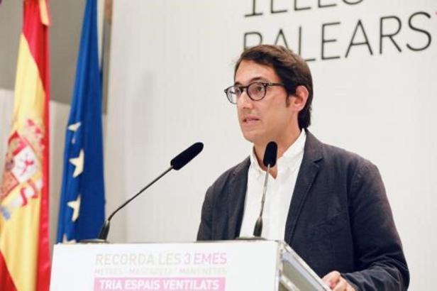 """Der balearische Tourismusminister Iago Negueruela nannte die deutsche Entscheidung """"eine schlechte Nachricht"""" für Mallorca und die Nachbarinseln."""