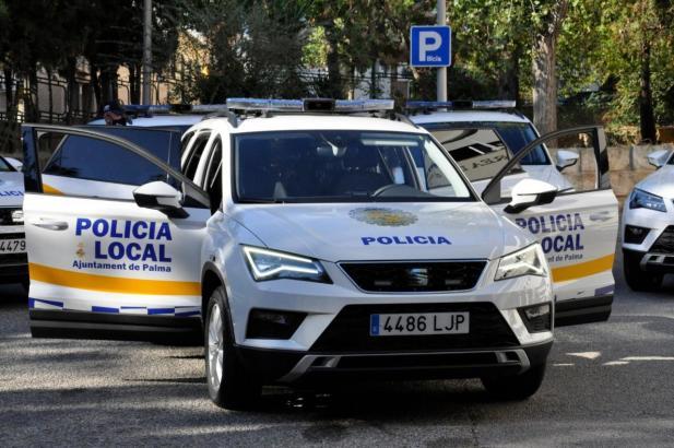 Fahrzeug der Lokalpolizei Palma im Einsatz.