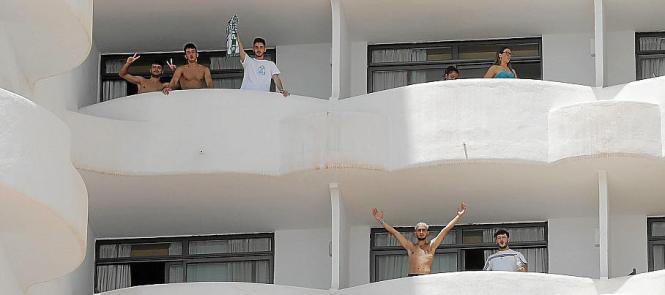 Isolierte Schüler im Corona-Hotel Bellver.