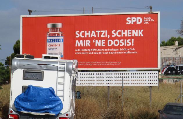 Eines der SPD-Plakate ist in Can Pastilla zu sehen.