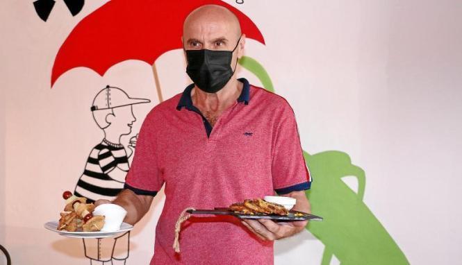 Branko Marinkovic mit zwei seiner Gerichte, die er kreiert hat. Er hofft auch auf deutschsprachige Gäste in seinem Restaurant, die nachhaltige proteinreiche Kost zu schätzen wissen. Das Lokal liegt neben einer Weinhandlung und schräg gegenüber vom Kult-Ho