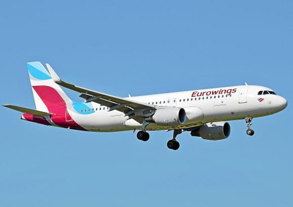 Eurowings-Jet vor der Landung auf Mallorca.