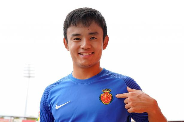 Während seiner ersten Zeit auf Mallorca in der Saison 2019/20 fühlte sich Takefusa Kubo wohl auf der Insel, daher kehrte er jetzt zurück.