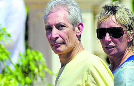 Charlie Watts und seine Frau 2003 auf Mallorca.