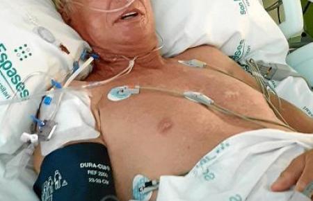 Tomas de Niero am Tag nach seiner zweiten Nierentransplantation