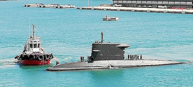 """Die """"Dolfijn"""" am Donnerstag im Hafen von Palma."""