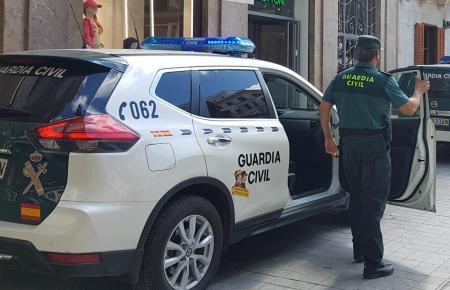 Beamte der Guardia Civil im Einsatz (Archivfoto).
