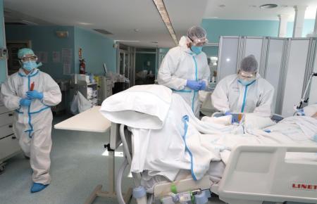 Intensivstation in einem Krankenhaus auf Mallorca.