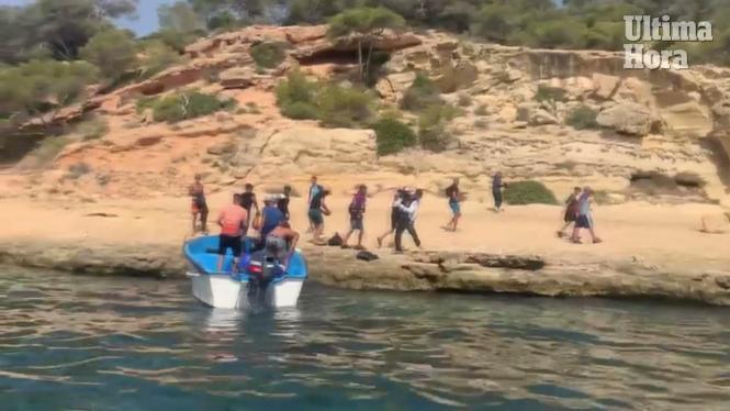 Aufnahme von der Ankunft eines Flüchtlingsboote im vergangenen August.