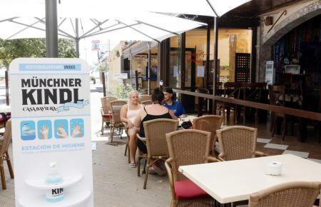 """Im """"Münchner Kindl"""" an der Playa de Plama darf gesittet gefeiert werden."""