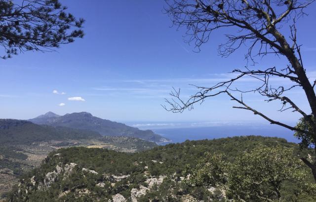 In der ersten Dokumentation lernt der Zuschauer die Bergwelt Mallorcas kennen.