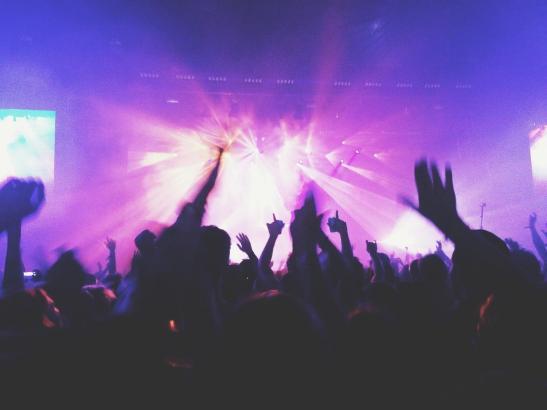 Es steht dahin, ob viele Nachtschwärmer mit Masken tanzen wollen.