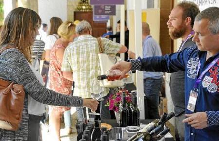 In diesem Jahr sind 36 Weingüter auf der Messe vertreten.