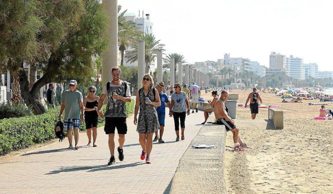 Die kurzen Hosen müssen auf Mallorca noch nicht weggelegt werden.