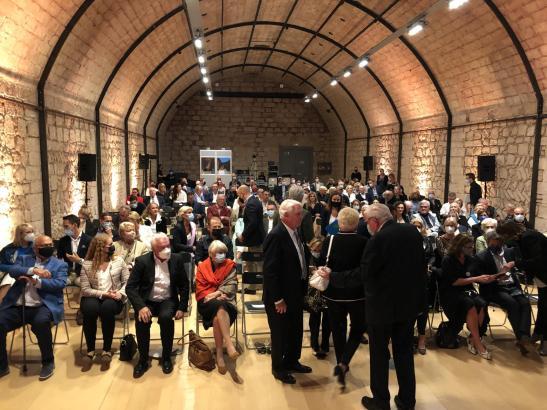 Im Saal Aljub des Museums kamen die Teilnehmer zusammen.