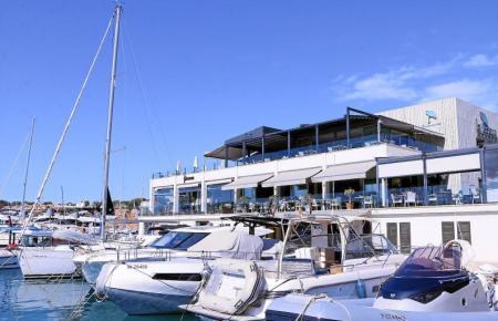 An der Hafenpromenade von Port Adriano gibt es eine große Auswahl an hochwertigen Restaurants.Fotos: Patricia Lozano