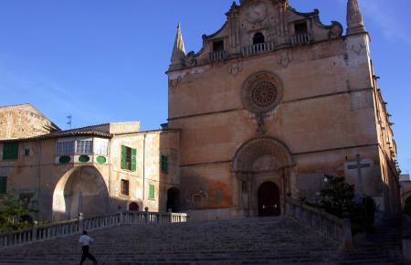 So sieht die Hauptkirche von Felanitx aus.