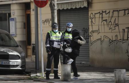 Polizisten in Palma während des Lockdowns im Jahr 2020.