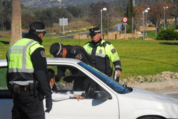 CALVIA. POLICIA LOCAL. UNIDAD DE TRAFICO DE LA POLICIA LOCAL DE CALVIA.