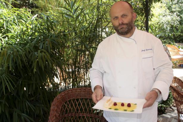 Ist jetzt der einzige deutsche Chef mit Michelin-Stern auf Mallorca: Josef Sauerschell. Sein Racó d'es Teix hat die Auszeichnung
