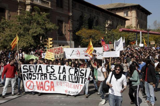 2500 Studenten demonstrierten am Vormittag in Palma gegen die Sparpolitik.
