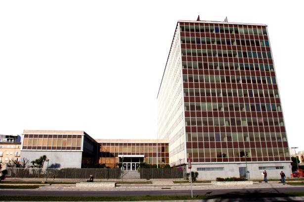 Die ehemalige Firmenzentrale des Energieversorgers Gesa in erster Meereslinie in Palma.