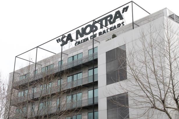 Der Sitz der Sparkasse SaNostra in Palma.