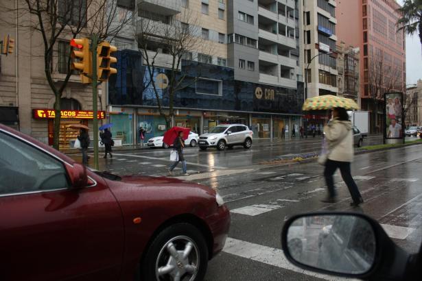 Ohne Regenschirm ging nichts an diesem Dienstagvormittag in Palma.